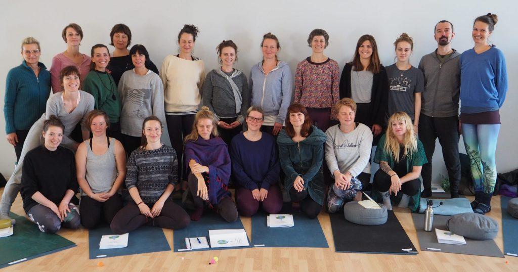 Teilnehmer*innen der 2019 Turiya Kinderyoga-Ausbildung