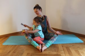 Stella Cifuentes Belmar, Dozentin bei das Turiya Kinderyoga-Ausbildung